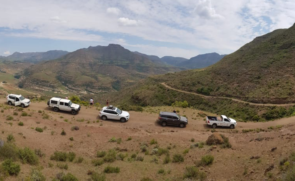 bhejane 4x4 adventure self drive guided tours tours south africa landmarks dragon peaks lesotho 1
