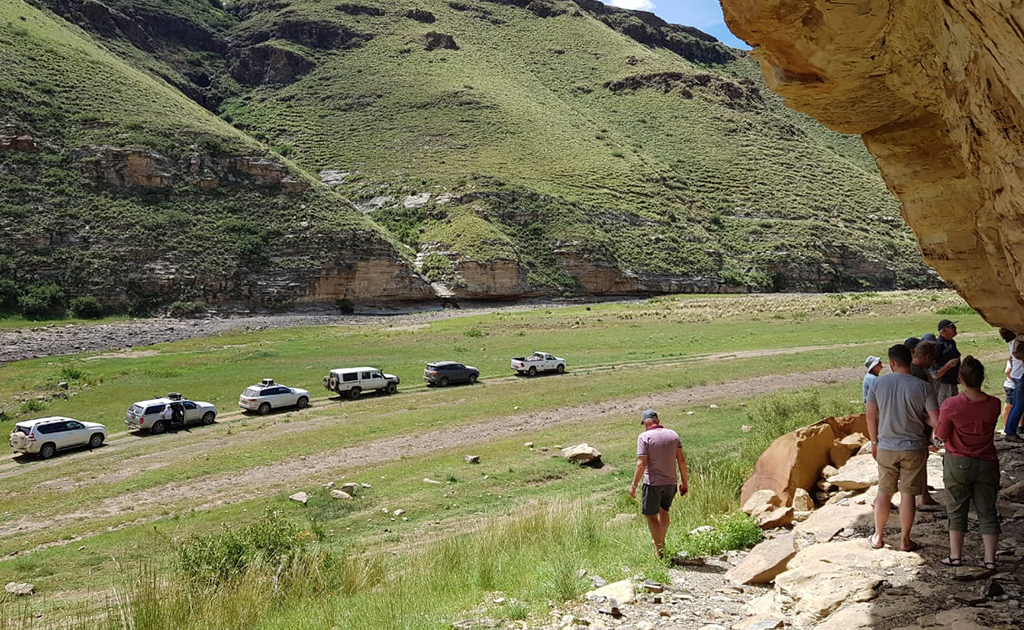 bhejane 4x4 adventure self drive guided tours tours south africa landmarks dragon peaks lesotho 4