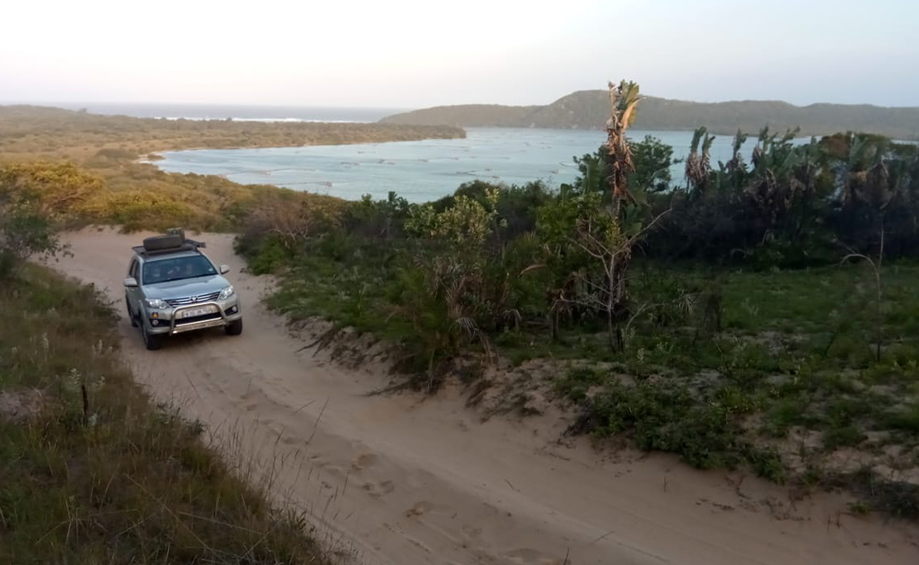 bhejane 4x4 adventure self drive guided tours tours south africa zululand conservation corridors 4
